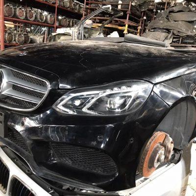 Benz W212 Facelift Half Cut