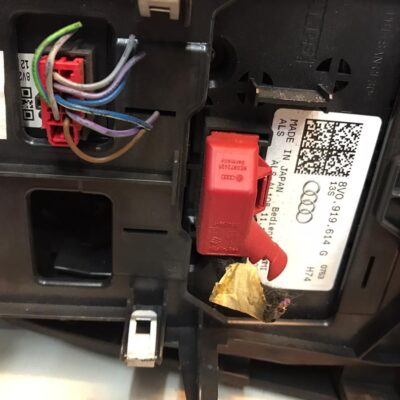 Audi A3 Console Panel With 1 Drive Set (With Warranty)